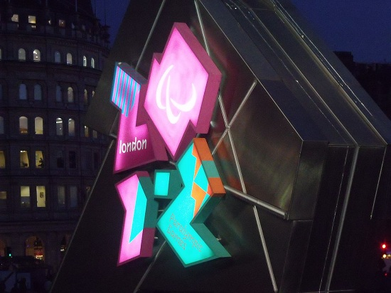 Trafalgar_Square,_London_-_London_2012_-_countdown_clock